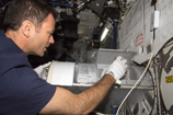 Storing Samples in the MELFI Freezer on the ISS