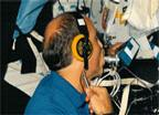STS-29 Astronaut Jim Bagian Performs DSO 462
